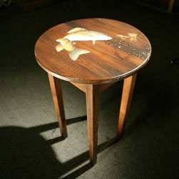 Round End Table with Fish in action - Made by http://www.ecustomfinishes.com
