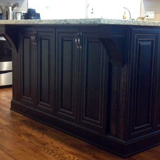 Traditional Kitchen Islands And Kitchen Carts by O'Neil Cabinets (Direct Importer & Distributor)