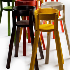 modern highchairs by Puusepänliike Hannes