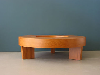 Modern Coffee Tables by jasonleesdesign.com