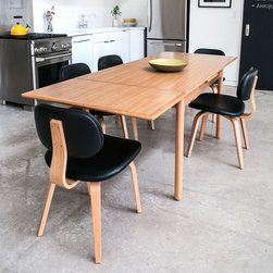 Portage and Thompson Dining Set - Gus Portage Extension Table