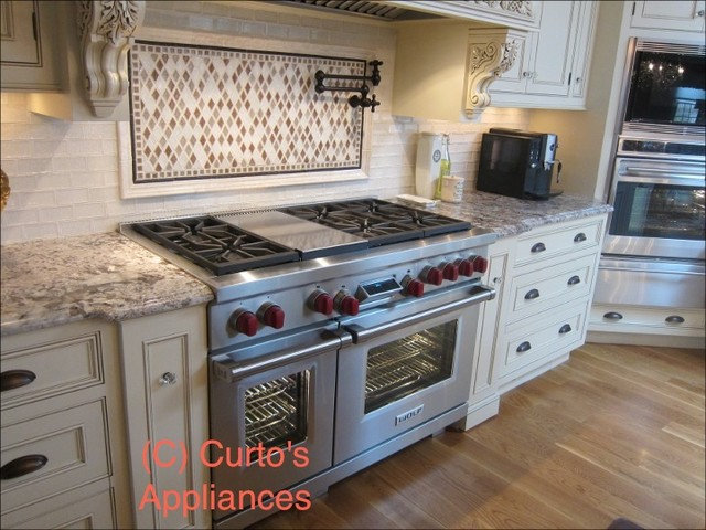 Gas Ranges And Electric Ranges by Curto's Appliances