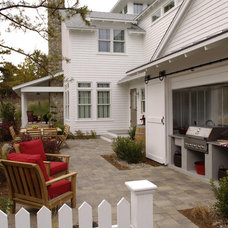 Courtyards for Entertaining : Outdoors : HGTV