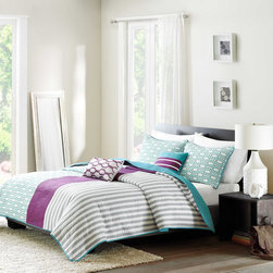 ID-Intelligent Designs - Intelligent Design Lexie 3-piece Coverlet Set - Lexie's design has a color block look that adds dimension and instantly updates your bedroom.