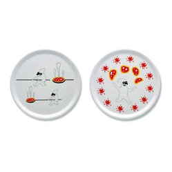 "Alessi - Alessi ""Pummaroriella Piatti"" Pizza Plate Set - Mangia, mangia! This pizza plate set makes you love pizza even more. Designed by Italian comic-strip artist and illustrator Massimo Giacon, the two porcelain plates feature a playful character that brings fun to mealtime."