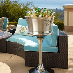 Optima Beveage Tub and Stand - Place this elegant Optima Beverage Tub on any surface without a care. This outdoor serveware ensures maximum cold retention and no condensation.