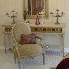 Traditional Living Room by Lori Teacher & Associates