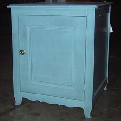 British Traditions - Square End Table w Large Cabinet (Wild Blueberry) - Finish: Wild Blueberry. Each finish is hand painted and actual finish color may differ from those show for this product. Square end table. 1 Large cabinet. Doubles as a nightstand. Door can be hinged on opposite side for no charge. Minimal assembly required. Interior cabinet size: 18.5 in. W x 18.5 in. D x 21.5 in. H. 24.5 in. W x 24.5 in. D x 29.5 in. H (59 lbs.)The Malvern Hills square end table has one large cabinet and French feet and skirts.