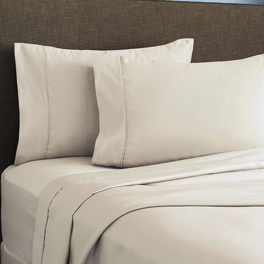 SNS LINENS INC - Linen 620-Thread Count Egyptian Cotton Deep-Pocket Sheet Set - Wrinkle-free fabric maintains its elegance, while smooth, Egyptian cotton-blend construction provides inviting comfort. �� Includes flat sheet, fitted sheet and two pillowcases Fits mattresses up to 18'' deep 55% cotton / 45% polyester 620-thread count Machine wash; tumble dry Imported