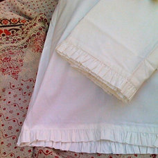 Traditional Pillowcases And Shams by Pod