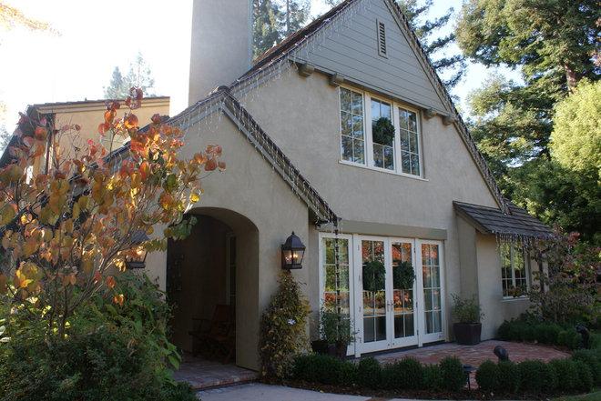 Finishing Touches- Junior League of Palo Alto-Mid Peninsula Holiday House Tour