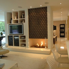 modern family room by bryan wark designs, Inc.