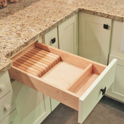 "CliqStudios.com - Knife Block - Our drawer inserts are 1/2"" Solid hardwood dividers, with a plywood base and a tough melamine top finish. The Knife Block Tray insert is perfect for organizing and protecting the sharp knifes in your kitchen. Fits into base cabinets from 15"" – 24"" wide and hold various knifes depending on the width."
