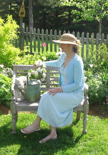 Traditional  Carolyn Aiken