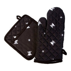Sin in Linen - Skull and Crossbones Oven Mitt and Potholder Set - Show your tough side and your sweet side with these skull and crossbones kitchen linens.