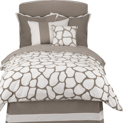 Oilo - Full/Queen Cobblestone Duvet, Taupe - Let the cobblestone path lead straight to your bedroom with this neutral-toned duvet. The classic colors and double-sided pattern create a modern and crisp look and the 300 thread count means you'll be sleeping on the softest of fabrics. You can't go wrong with this chic design.