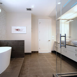 Chicago, Winchester Street - Large project with a showcase kitchen and many other areas in the house. Kitchen and Bathroom cabinets by Arrital. Kitchen - Arrital Onda Brown Bathroom - Arrital AK_03 High Gloss Ivory Lacquer