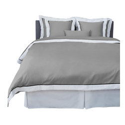 LaCozi - LaCozi Sateen Gray Pintuck Duvet Cover Set - 1100 thread-count Sateen Duvet Set Includes: