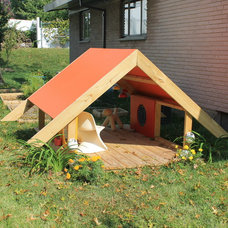 Modern Outdoor Playhouses by PlyPlay Designs
