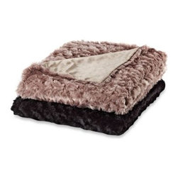 Ellery Holdings Llc - Magnolia Faux-Fur Oversized Reversible Throws - Experience the exceptional warmth and supple hand of this oversized reversible throw blanket. Elastic stitching creates a quilted affect and lovely surface puckering.