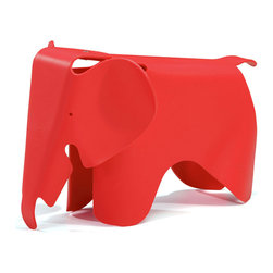 Zuo Modern - Phante Chair Red - Constructed with children in mind, the Phante kid's chair is made out of durable, scratch-free polypropylene; kids will find a juggle adventure on the Phante, while parents have peace of mind from breakage.