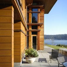 Contemporary Patio by Scott Allen Architecture
