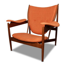Chieftain Form Lounge Chair, Att Finn Juhl - 37 h x 39.5 w x 29.5 d
