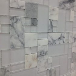 Mix Square Pattern Calacatta - Mix Square Pattern Calacatta is a gorgeous and unique new mix with serious potential for a breathtaking backsplash or feature wall.