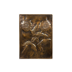 Silver Nest - Hammered Zinnia Wall Plaque- 15.75x20.5 - Brass Hammered Zinnia Wall Plaque.