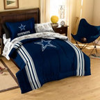 Northwest Company, The - NFL Dallas Cowboys Complete Bed Ensemble - Show your team spirit with this athletic inspired bedding. The bedding features the team's colors, printed sheets and an applique logo on the comforter.
