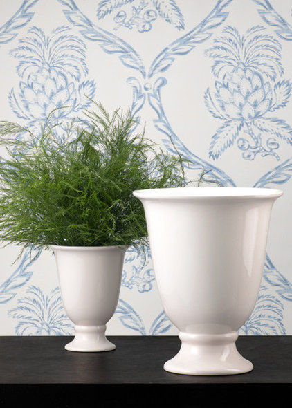 Traditional Vases by Jamali Floral & Garden Supplies
