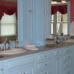 Shop Craftsman Bathroom Storage & Vanities on Houzz