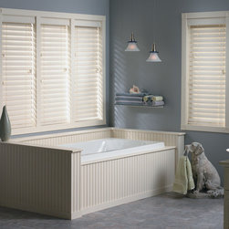 Bali - Bali 2 1/2-inch Faux Wood Blinds - Bali faux woods capture the essence and look of real wood blinds, while the moisture resistant slats are perfect for high humidity areas.