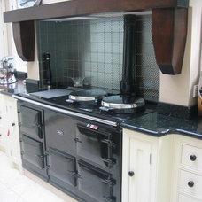 Traditional Kitchen by Linehans Design Ltd