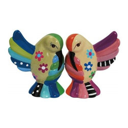 Westland - 3 Inch Multi-Colored Cozy Hummingbirds Salt and Pepper Shakers - This gorgeous 3 Inch Multi-Colored Cozy Hummingbirds Salt and Pepper Shakers has the finest details and highest quality you will find anywhere! 3 Inch Multi-Colored Cozy Hummingbirds Salt and Pepper Shakers is truly remarkable.