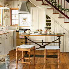 Coastal, Cottage Kitchen - MyHomeIdeas.com