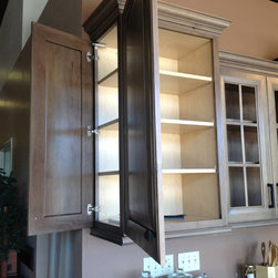 Cool Cabinet Features - Dual entry cabinet