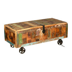 Sierra Living Concepts - Reclaimed Wood Storage Trunk on Wheels - Appalachian Rustic Old Reclaimed Wood Coffee Table Chest on Wheels