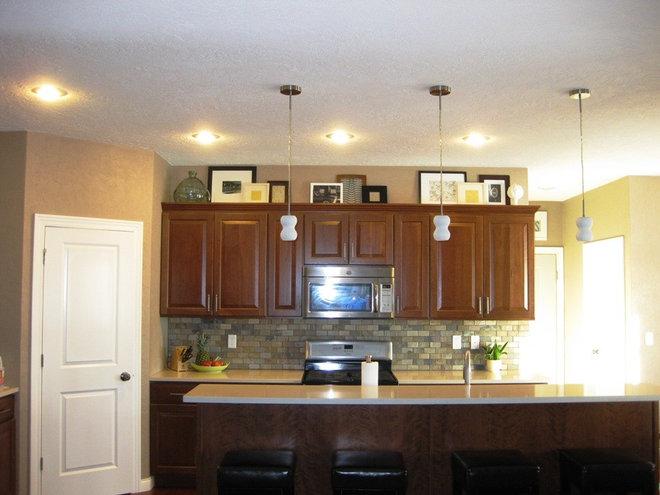 Frames in kitchen 2.JPG