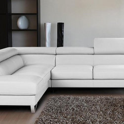 Nicoletti - Nicoletti White Italian Leather Sparta Sectional Sofa with Left Facing Chaise - The Nicoletti Sparta Sectional is a truly lovely modern sofa that will compliment any contemporary home. This great new product features top grain genuine Italian leather, stainless steel legs, adjustable head rest and ratchet mechanism.