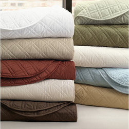 Bedding & Linens - Lightweight Quilted Bedding, Coverlets & Shams in many colors. J Brulee Home, Tucson, AZ