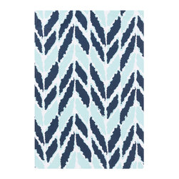 Arrow Aqua Outdoor Rug - Multiple blues paired together are a match made in heaven. Navy and aqua make a striking duo.