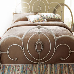 Cameo Bed -