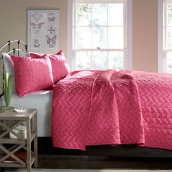 Lush Decor - Avani Pink Two-Piece Twin Quilt Set - - Simple, chic and elegant, Avani three piece quilt set takes its cue from the timeless braid pattern, featured all over the quilt with flange detail. Matching shams complete the look  - Set Includes: 1 Quilt, 1 sham  - Quilt: 92-Inch H x 88-Inch W  - Sham: 20-Inch H x 26-Inch W  - Care Instructions: Machine washable Lush Decor - C21477P14-000