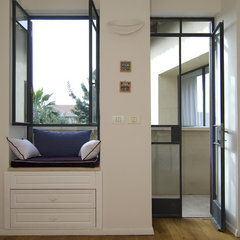 contemporary bedroom by NURIT GEFFEN-BATIM STUDIO