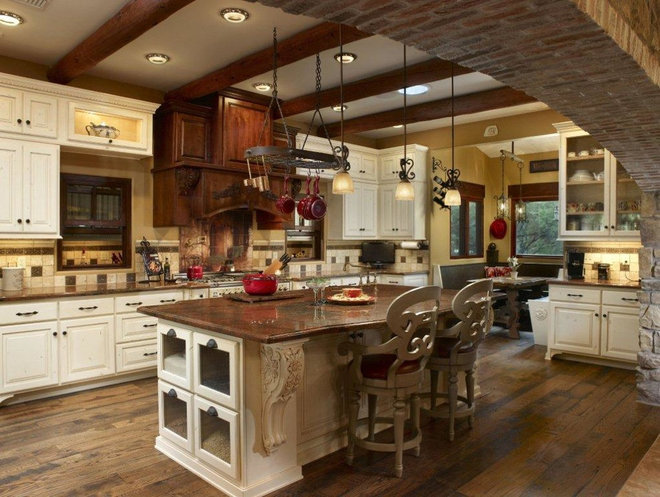 Traditional Kitchen Cabinets by Arizona Heritage Cabinetry