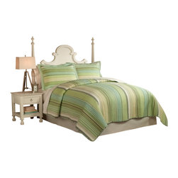 Pem America - Sage Harbor King Quilt with 2 Shams - Sage Harbor brings that casual coastal feel to your bedroom with shades of green and blue in a classic design that is perfect for any decor. 1 King size quilt 100x90 inches and 2 pillow shams 20x26 inches. Yarn dyed, 100% cotton face cloth with 94% cotton / 6% other fiber fill. 100% Cotton solid color reverse. Machine washable.