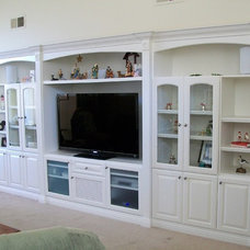 by CustomBuilt-ins.com / CFM Company Inc.