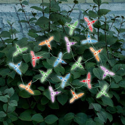 STI - Smart Solar Inc. - Solar Color Changing Light String Hummingbird 20 pcs Set - Ideal for decorating shrubs, parasols, and doorways. Powered by a separate amorphous solar panel allowing lights to be placed in shady areas. 20 energy saving multi-color LED's with translucent stylized covers. LED's supplied on a 17.25 ft string, with 5.
