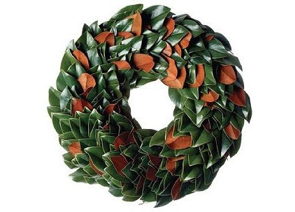 Traditional Wreaths And Garlands by ARE NATURALS